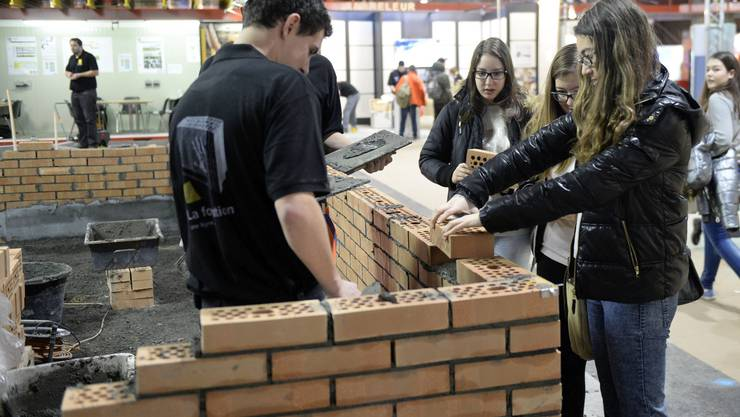 An der Berufsmesse in Zürich erhalten Schüler auch in Berufe Einblick, an die sie vorher vielleicht gar nicht gedacht haben
