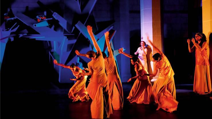 Ein Bild von «Orpheus. Eurydike», das 2011 in der Klosterkirche Königsfelden aufgeführt wurde.