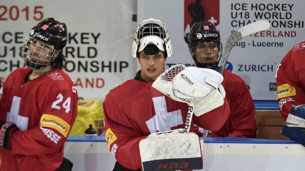 Joren van Pottelberghe (Mitte) steht ab der nächsten Saison beim HC Davos unter Vertrag