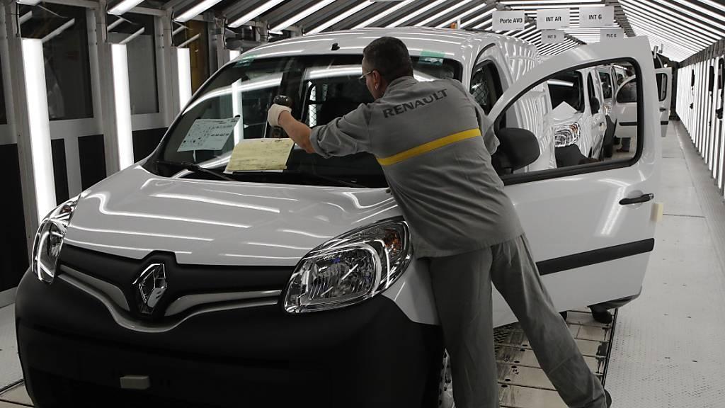 Renault schreibt nach Milliardenverlust wieder schwarze Zahlen