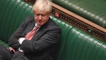 Trotz heftiger Kritik hat das britische Parlament, wie von Premierminister Boris Johnson vorgeschlagen, in erster Lesung der Änderung des Brexit-Vertrages zugestimmt.