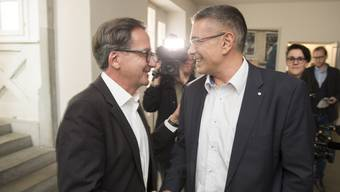 Erich Obrist und Markus Schneider werden im zweiten Wahlgang gegeneinander antreten.