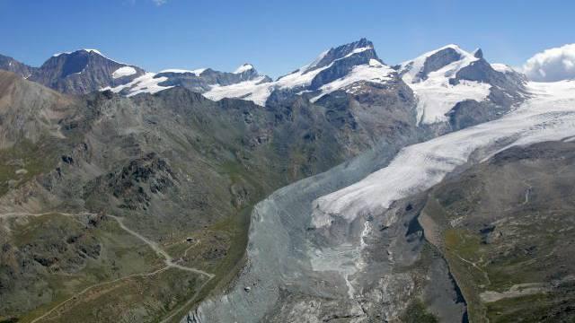 «Es sieht so aus, dass der Findelgletscher an Masse gewonnen hat», sagt Glaziologe Matthias Huss. Foto: Keystone
