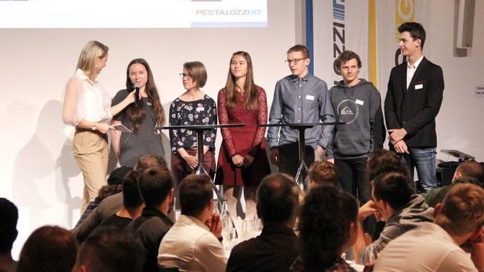 Der Stiftepriis wird von der Dietiker Pestalozzi Gruppe mit ihrer Tochterfirma Gabs AG vergeben.