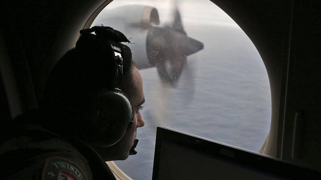 Nach dem Willen Malaysias geht die Suche nach dem Flug MH370 bald zu Ende (Archiv)