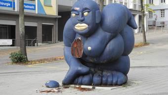 Die Skulptur der Künstlerin Marianne Flück Derendinger hat am 8. November eine Brust verloren.