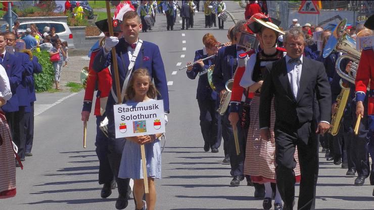 Marschmusikparade in Detligen