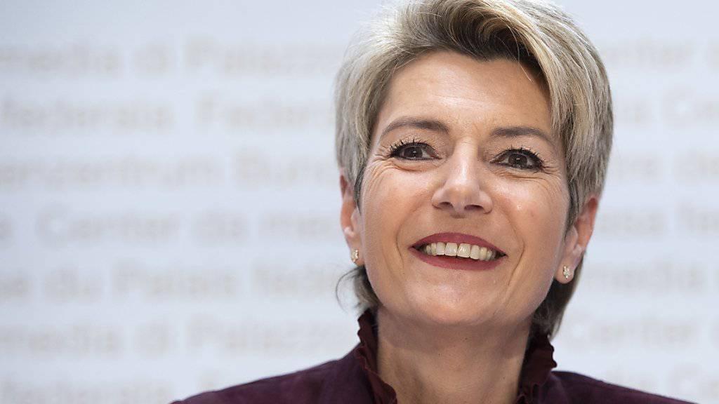 Bundesrätin Karin Keller-Sutter ist dem Schweizer Volk sympathisch.