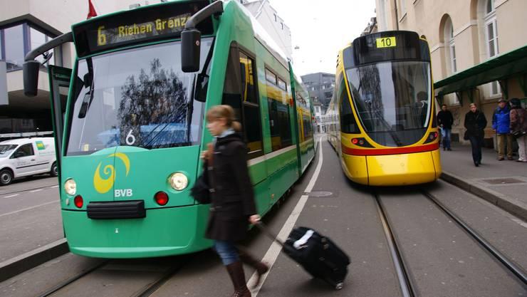Die neuen Infrastrukturgebäude der Basler Verkehrs-Betriebe (BVB) beim Dreispitz, deren Grundstein heute feierlich gelegt wurde, sollen die Arbeit effizienter und billiger machen. (Symbolbild)