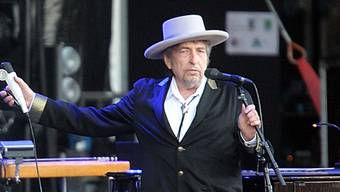 Bob Dylan bei einem Konzert in Frankreich im Juli 2012 (Archiv)