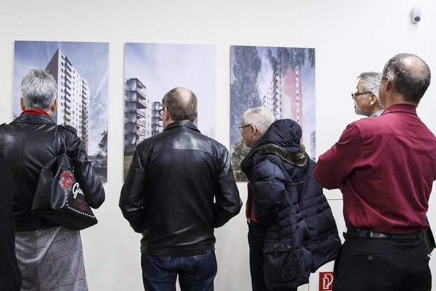 Im Hintergrund die Bildserie mit dem 1. Rang von Karin Gauch und Fabien Schwartz (Oberägeri)