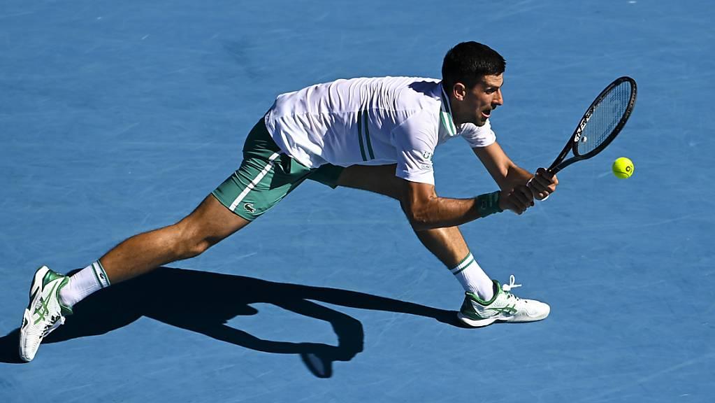 Novak Djokovic musste gegen Frances Tiafoe all sein Können auspacken.