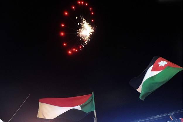 Feuerwerk am libyschen Nachthimmel