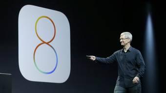 Apple iOS 8.0.1 hätte Fehler beheben sollen - doch stattdessen stellten Nutzer beim Update neue Probleme fest.