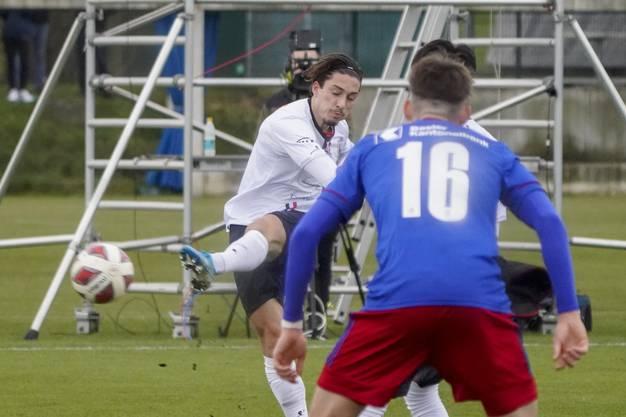 FCA-Stürmer Kevin Spadanuda hatte vor der Pause vier Chancen auf ein Tor