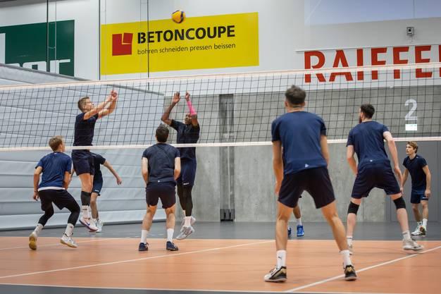 Die Spieler von Volley Schönenwerd werden weiterhin gemeinsam in der Halle trainieren können.
