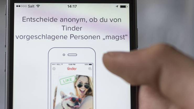 Dating-Apps wie etwa Tinder haben es leichter und effizienter gemacht, neue Bekanntschaften zu schliessen.