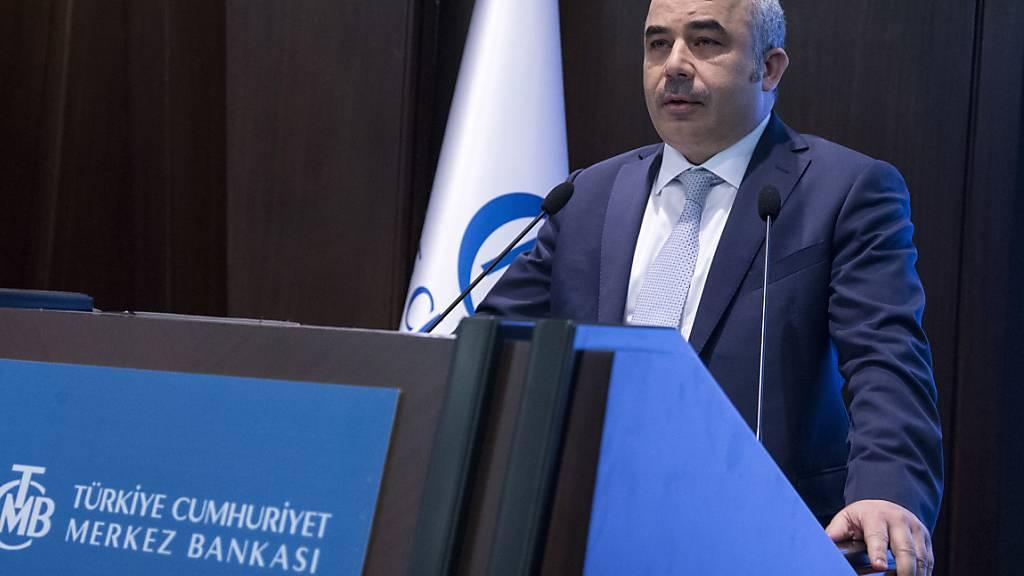 Der Chef der türkischen Zentralbank Murat Uysal wurde per Dekret völlig überraschend entlassen. (Archivbild)