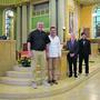 Gelebte Ökumene: Adrian Sutter (katholischer Pfarrer), Patrick Siegenthaler (Pastor Bewegung Plus), Gemeinderatspräsident Gabriele Olivieri und Matthias Wetter (reformierter Pfarrer). Bild: Oliver Graf