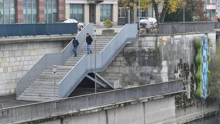 Neue Bahnhoftreppe nach der Sanierung