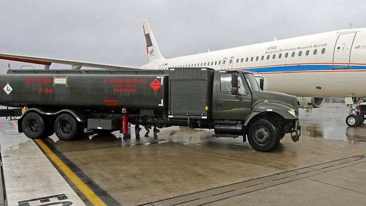 Kein grünes Licht für Etihad: Fünf Frachtmaschinen vom Typ Airbus A330 bleiben vorerst am Boden (Symbolbild).