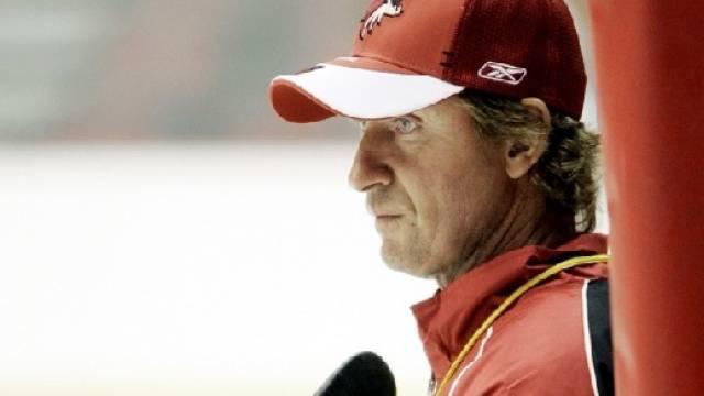 Wayne Gretzky gab Rücktritt als Coyotes-Coach bekannt