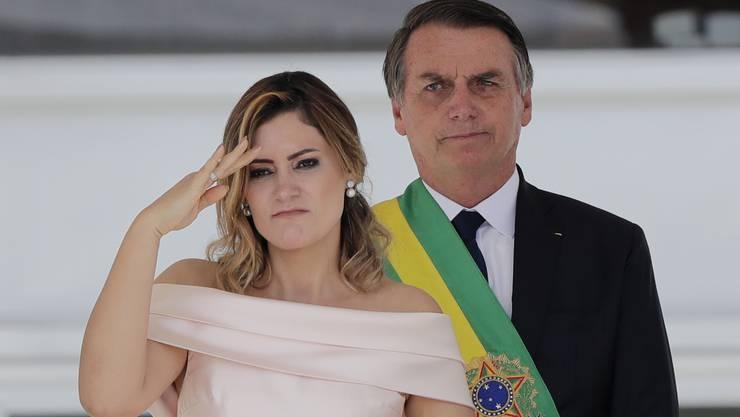 Der neue und ultrarechte Präsident Brasiliens Jair Bolsonaro (63) mit seiner Frau, der First Lady Michelle Bolsonaro.