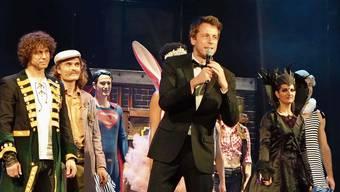 An diesem Wochenende können noch drei Vorstellungen von «Tommy Tailors Traumfabrik» stattfinden, bevor das Gloria-Theater schliessen muss.