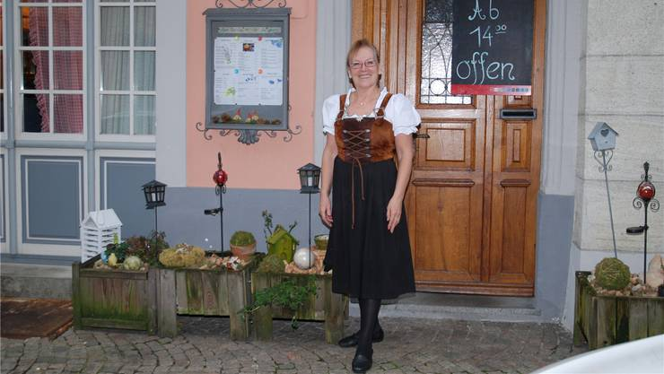 So kannte man sie in Laufenburg: Josy Gürtler war während 15 Jahren als Wirtin in der «Probstei» tätig. 2015 gab sie den Betrieb ab. AZ Archiv