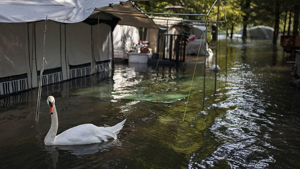 Pegel sinkt in Yverdon-les-Bains VD extrem langsam