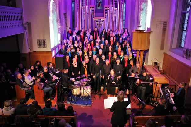 Das Gospel-Konzert begeisterte Gross und Klein.