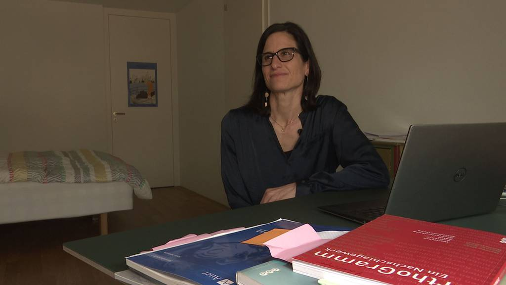 Iwana Schlaufer hat ihr Schlafzimmer für den Fernunterricht kurzerhand zu einem Büro umfunktioniert.