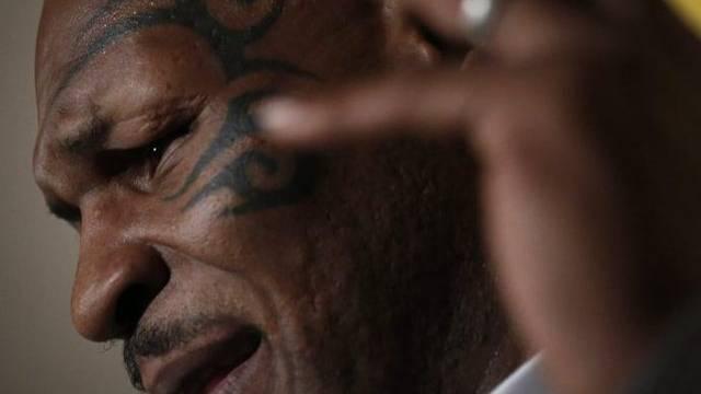 """Darf trotz """"Maori-Tatoo"""" nicht nach Neuseeland: Mike Tyson, der ehemalige Schwergewichtsweltmeister im Boxen."""