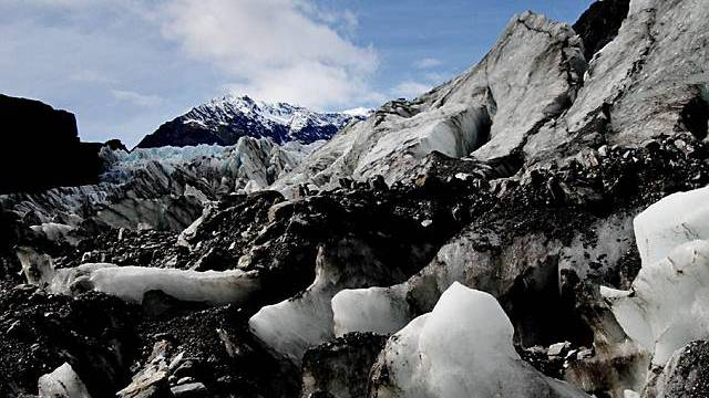 Der Fox-Gletscher in Neuseeland, über dem ein Flugzeug abgestürzt ist