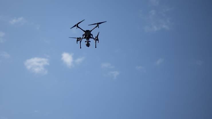 """Dass ein Kleinflugzeug und eine Drohne im vergangenen Oktober bei Grenchen SO nicht zusammengestossen sind, war laut der Sicherheitsuntersuchungsstelle Sust """"reiner Zufall"""". (Themenbild)"""