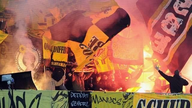 Aneinandergeraten: YB-Fans und Zürcher Polizisten (Archiv)