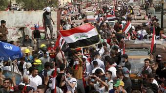 Erneut nahmen Tausende an der Demonstration gegen die Regierung in Bagdad teil.