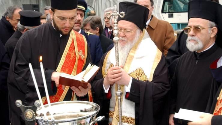 Der Ökumenische Patriarch Bartholomaios I. von Konstantinopel geht an das Konzil (Archiv)