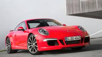 In Aesch haben Einbrecher zwei Porsches aus einer Privatgarage geklaut.