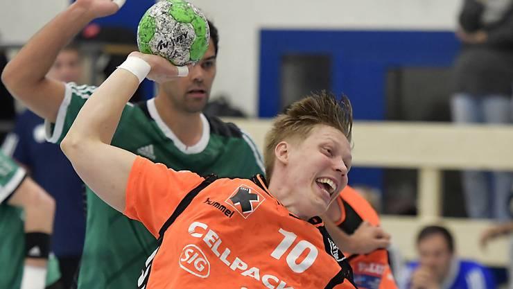 Die Kadetten Schaffhausen (Christoffer Brännberger beim Abschluss) waren im Supercup von Wacker Thun nicht zu stoppen