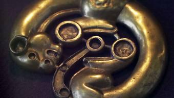 Prähistorisches Kunstwerk, wie es in einem der ausgeraubten Gräber hätte gefunden werden können.