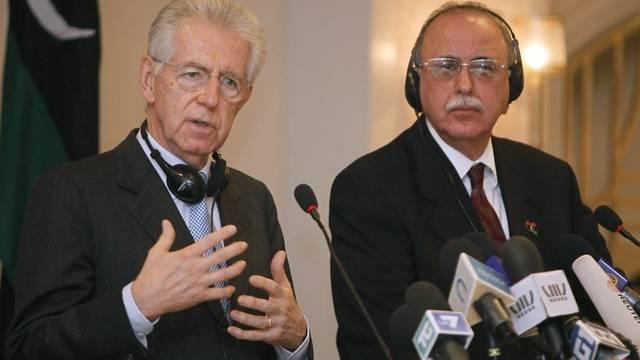 Der italienische Premier Mario Monti und sein libyscher Kollege Abdel Rahim al-Kib in Tripolis