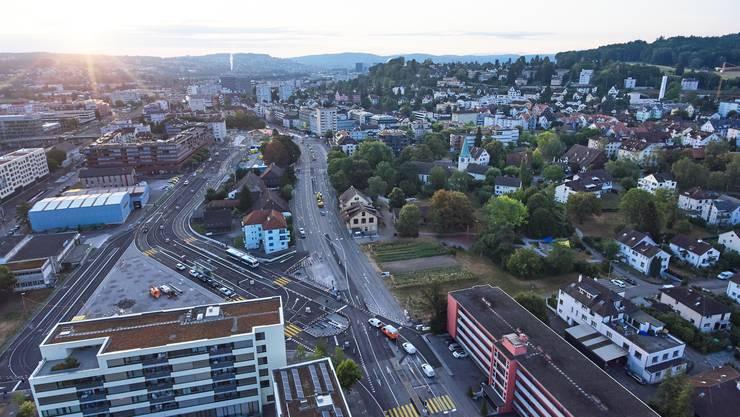 Die Pensionskasse SHP soll das neue Alterszentrum im Schlieremer Stadtpark im Baurecht realisieren.