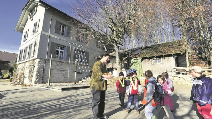 Können die Kindergärtler und Schüler auch weiterhin ins Schulhaus Brunnersberg?