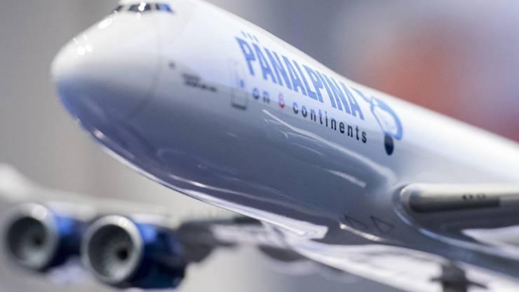 Der Logistikkonzern steigerte sich im ersten Halbjahr vor allem im Luftfrachtgeschäft. (Bild zeigt ein Flugzeugmodell von Panalpina)