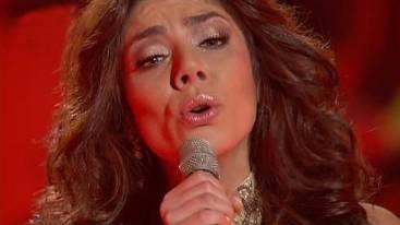 Edita sing den Siegersong.