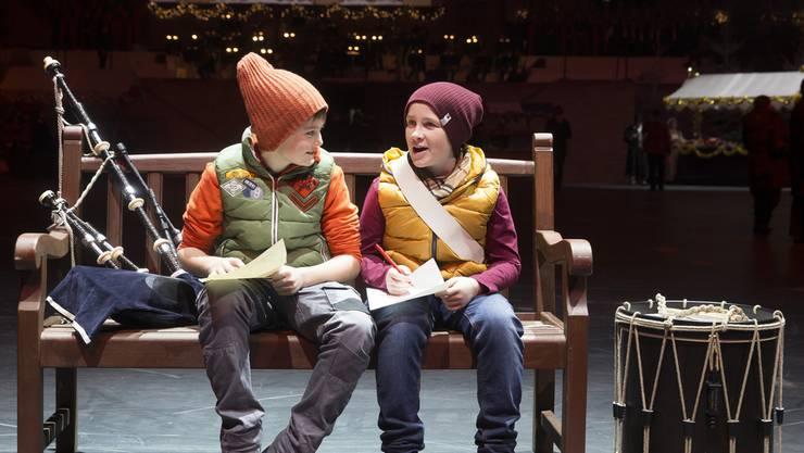 Am Christmas Tattoo: The little Piper Boy und the little Drummer Boy haben einen grossen Traum: Sie wollen berühmt werden.