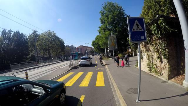 Im Zeitraffer: einmal rund um Basel mit E-Bike, E-Kickbord und Catch-Car.