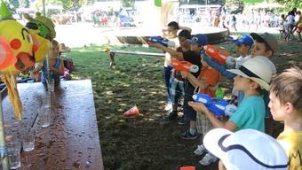 Wasser und Spiele: Der Donnerstagnachmittag am Badener Jugendfest.