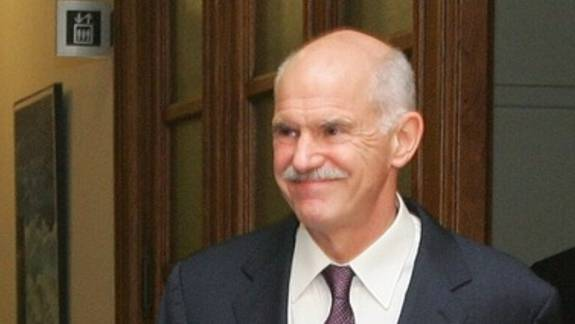Papandreou will die Abstimmung durchziehen
